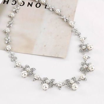 Women Jewelry Temperament Rhinestones Clovers Pearl Flower Necklace