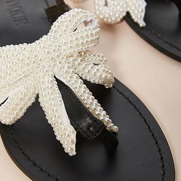 Mystique Black + Pearl Sandals