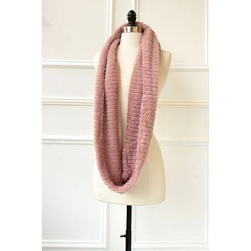 Ribbed Faux Fur Infinity Scarf - rose