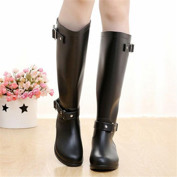 Rubber Boots for Women 2016 Solid Knee High Rain Boots Black Rainy Shoes Women Motorcycle Boots Autmn Winter water shoes