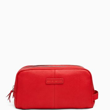 toiletry bag / red