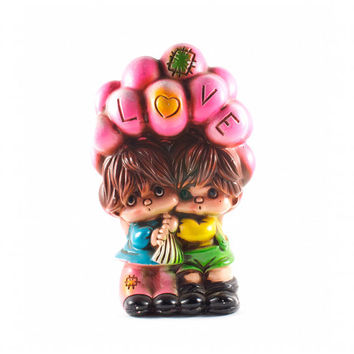 Romantic LOVE Piggy Bank Kitsch Retro Couple Pink Balloons / Vintage 60s 70s