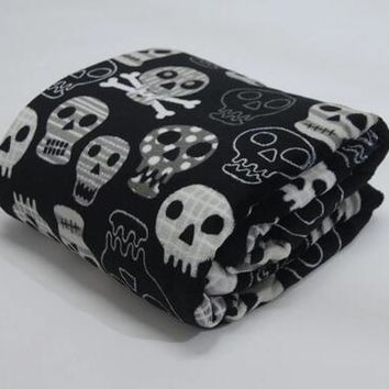 Coral fleece skull skeleton head spider net nightmare throw blanket 150X180CM