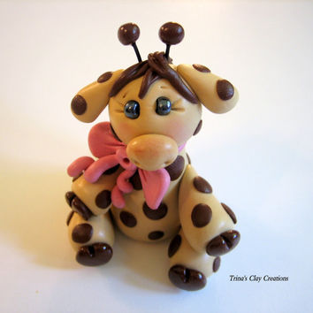 Polymer Clay Baby Giraffe Cake Topper by trinasclaycreations