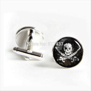 Pirates Skull Cufflinks Vintage Skull Cuff links Pirates Symbol Cufflinks High Quality
