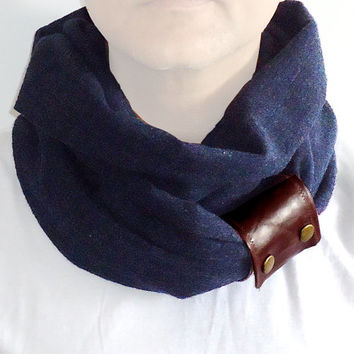 Infinity Loop Double Scarf Men Women Unisex Pure Wool Dark Blue With Natural leather Cuff