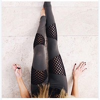 2018 S-XL Women's Leggings Sexy Fashion Mesh Patchwork Leggings Activewear Adventure Time Black Sportwear Leggings Women