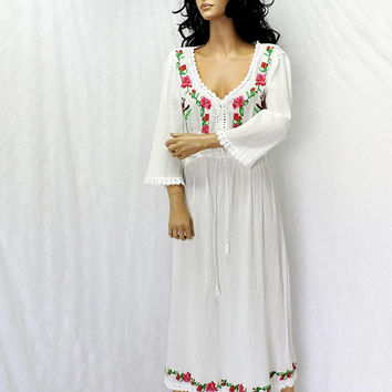 White embroidered festival dress / size M / long white gauze beach dress / boho hippie Indie maxi dress