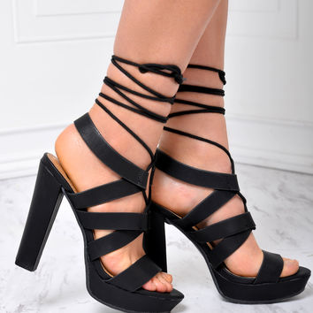 BREATHTAKING Black Heels
