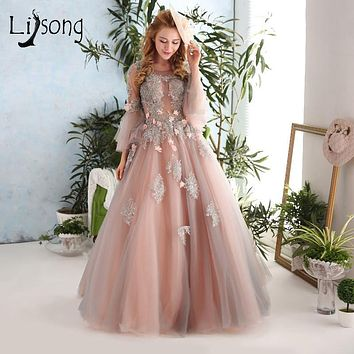 Vintage Crystal Evening Dresses Blush Pink With Gray Long Prom Ggowns Lace Appliques Formal Party Dress Puffy Sleeves 3D Flower