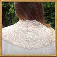 Gorgeous Antique Vintage French Lace Bridal Capelet Woman's Lace Collar in Ecru