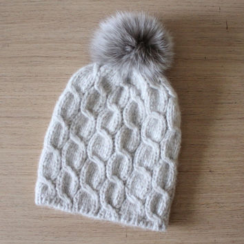 Fox fur pom pom hat, Cable knit pom pom hat, Gift for her, Fur bobble hat, Oatmeal beanie, Alpaca hat with fur pom pom