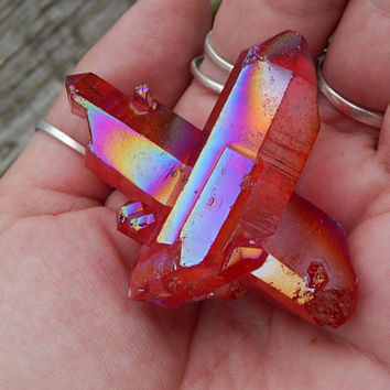Genuine RED AURA QUARTZ Cluster - Titanium Bismuth Silicate Coated Quartz Cluster - Red Titanium Quartz - Metaphysical Crystals - Reiki