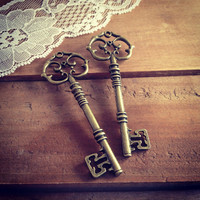 2 pcs Large Skeleton Key Charms in Antique Bronze vintage style Pendant Ornate Fancy Victorian