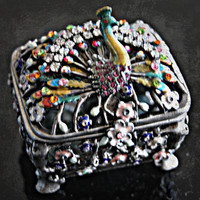 Peacock jewelry box // Metal Crysal Trinket Box Flower  // Spring Rhinestone // Jewels // Mother's Day // Silver tone Box - Majestic Peacock
