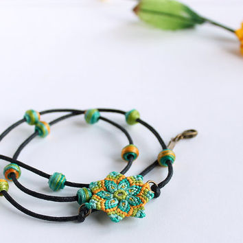 Boho macramè bracelet/necklace with mandala flower and beads aqua