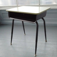 Vintage, Kids Desk, Childrens Desk, Kids Furniture, MidCentury, Atomic Era, RhymeswithDaughter