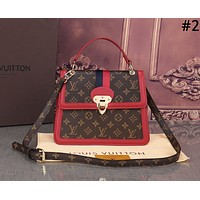 LV 2019 new tide brand female retro wild diagonal small square bag handbag #2