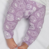 Skull Baby Leggings, baby girl leggings, girls' clothing, trousers, girls leggings, sugar skull clothes, girls pants, purple leggings, lilac