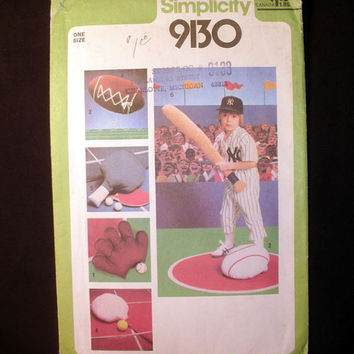 Vintage Sports Pillows, Football, Baseball, Tennis Simplicity 9130 Sewing Pattern Uncut