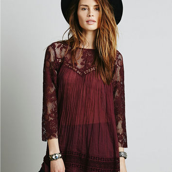 Floral Pattern Lace Sleeve Blouse