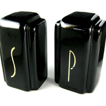 Vintage Art Deco Salt and Pepper Shakers / 1930's 1940's Ceramic Black and White Glazed S and P