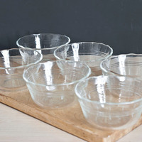 Vintage Pyrex Scalloped Custard Cups, SET of 6 Clear Glass Round Baking Dishes, Frilled Dessert Ramekins, Prep Cups