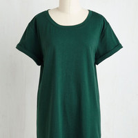 Minimal Long Short Sleeves Simplicity on a Saturday Tunic in Forest Green
