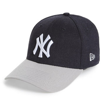 'Change Up Classic - New York Yankees' Fitted Baseball Cap