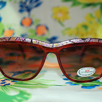 The Fontaine | Vintage Red Colorblock Plastic Wayfarer Sunglasses Dark Lenses Retro