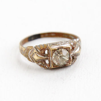 Vintage Clear Stone Brass Filigree Etched Ring - Size 6 1/4 Art Deco 1930s Rhinestone Faux Diamond Jewelry