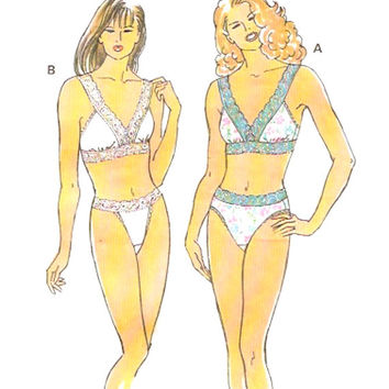 Underwear Sewing pattern Lingerie sewing pattern Bra and brief panties pattern Kwik Sew 2075 Size XS to L