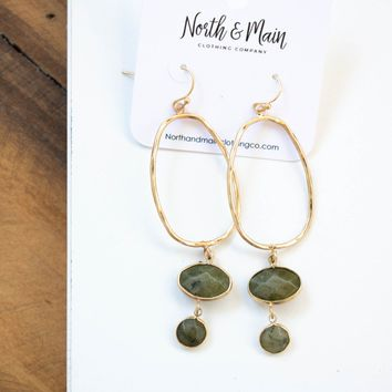 Dainty Metal Oval Earring, Gold/Olive