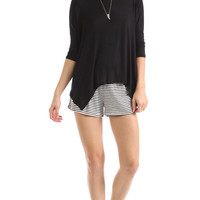 SCOOP NECK ASYMMETRICAL TOP