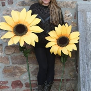 Giant Paper Sunflowers - Large Decorative Flowers - Party Decorations, Theater & Photography Props