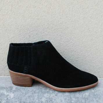 Dolce Vita - Keiton Suede Ankle Bootie - Black