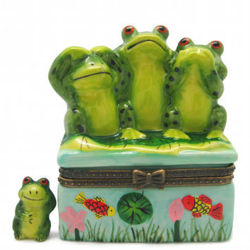 Nursery Rhyme Treasure Boxes: Frogs Hear No Evil