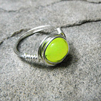 Neon Peridot Ring, Yellow Stone Ring, Wire Wrapped Ring, Silver Ring, Neon Yellow Ring, Wire Wrapped Jewelry Handmade, Gemstone Ring