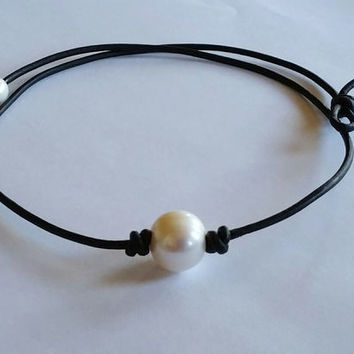 High Quality Freshwater Pearl and Genuine AA Leather Necklace/choker