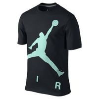 Nike Store. Air Jordan Jumpman Colossal Men's T-Shirt