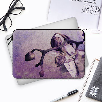 Orchid purple Macbook Pro 13 sleeve by VanessaGF | Casetify