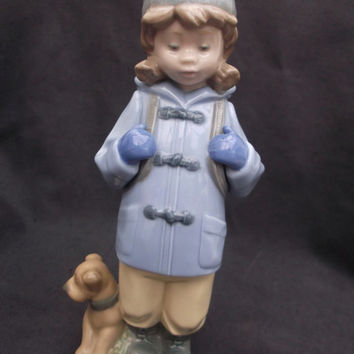 Nao figurine - Girl with dog