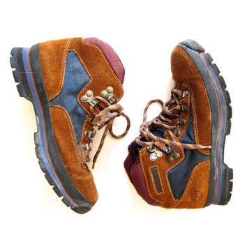 Vintage 90s Leather Hiking Boots Outdoor Brown Suede Lace Up Mountain Boots Padded Trek Shoes Hipster Rugged Timberland Boots Womens US 8.5