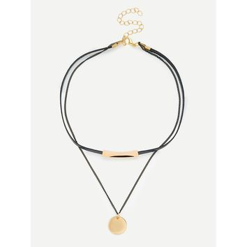 Round Pendant Layered Necklace