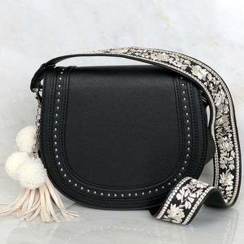 Free Spirit Embroidered Bag Black/ Ivory