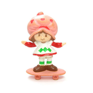 Strawberry Shortcake on Skateboard Figurine Miniature Vintage 1980's Toy Figure or Cake Topper