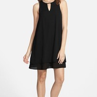 Junior Women's Everly Keyhole Shift Dress