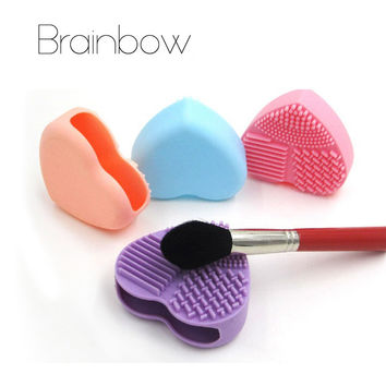 Brainbow 1pc Heart Shape Silicone Makeup Brush Cleaner Wash Brush Silica Glove Scrubber Board for Cosmtic Make UP Cleaning Tools