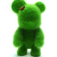 Qee Loves Green