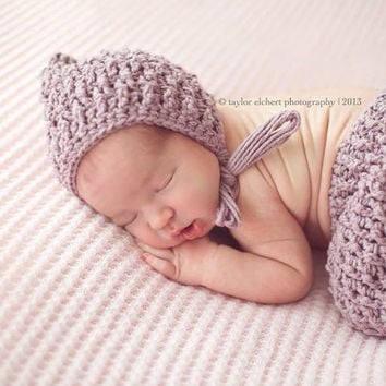 Crochet Pattern for Ripple Stitch Pixie Bonnet Hat - 6 sizes, newborn to child - Welcome to sell finished items